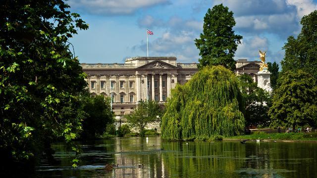 Buckingham Palace Event Merch