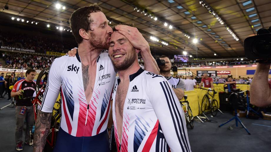 Wiggins Kissing Cavendish After Velodrome Victory  March 2016