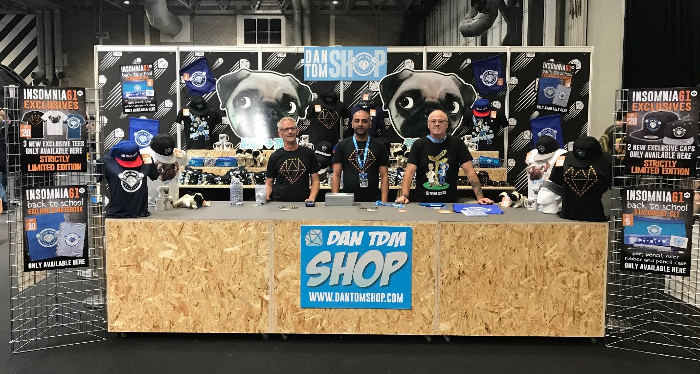 Dantdm shop at Insomnia 61 #i61